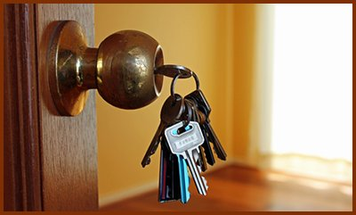 Locksmith Key Shop Somerville, MA 617-514-9939